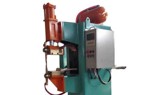 电池点焊机选用哪种焊接电源系统比较好?